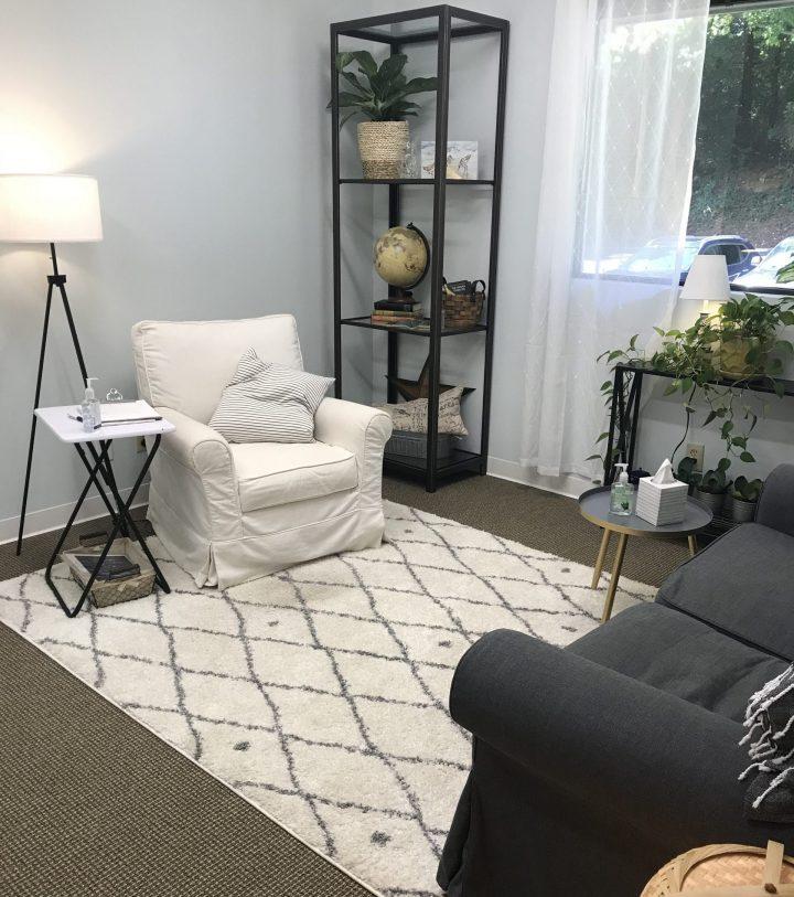 Lara's office